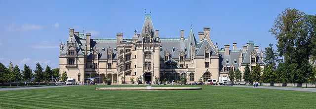 """Biltmore Estate"" by JcPollock - Self-published work by JcPollock. Licensed under CC BY-SA 3.0 via Wikimedia Commons - http://commons.wikimedia.org/wiki/File:Biltmore_Estate.jpg#/media/File:Biltmore_Estate.jpg"